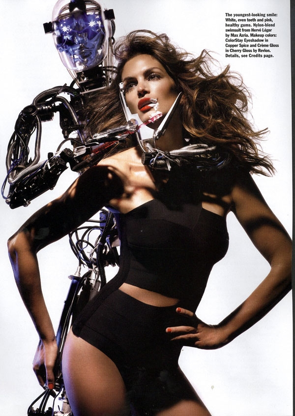 cindy-crawford-allure-robot