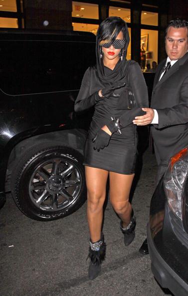 3a393fdaa2e Rihanna black dress fashions night out
